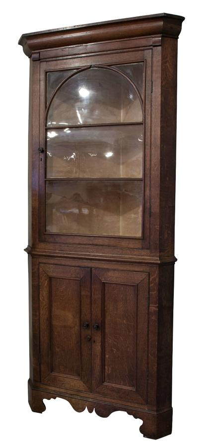 19thC Oak Corner Cupboard