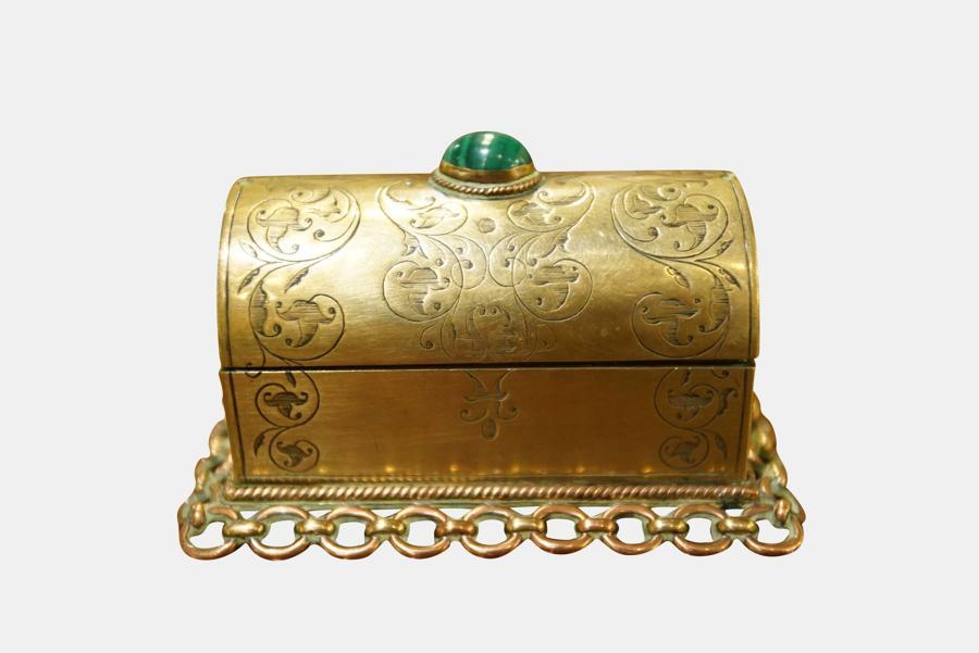 Dome Lid Engraved Casket