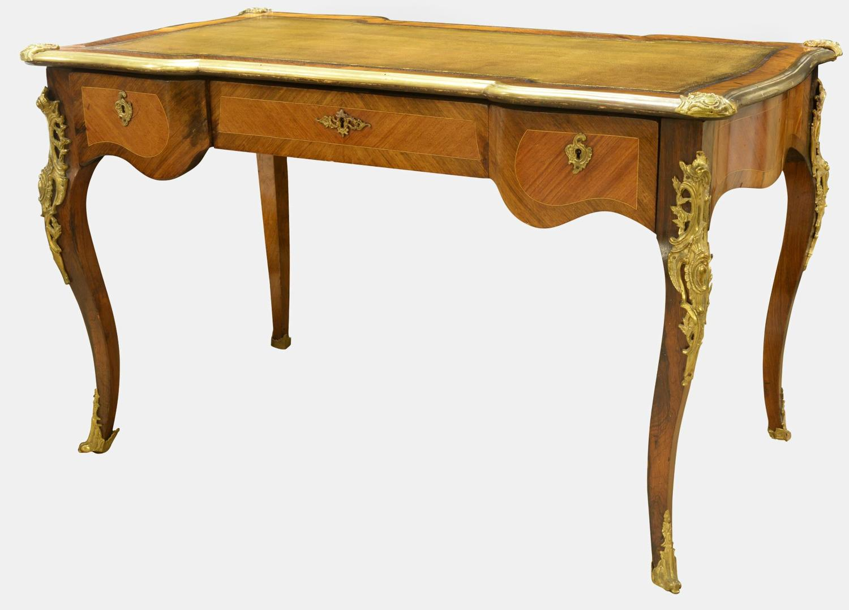 French 19th Century Kingwood Louis XV Bureau Plat