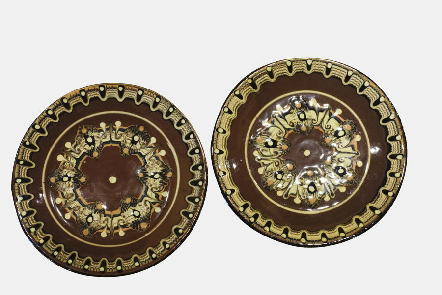 Pair of marbled plates