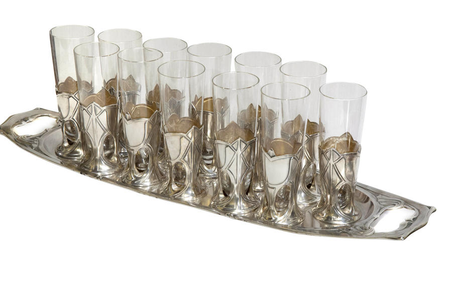 Set of 12 Art Nouveau champagne flutes in silver frames