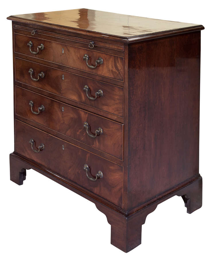George III mahogany graduated chest of 4 drawers c1780
