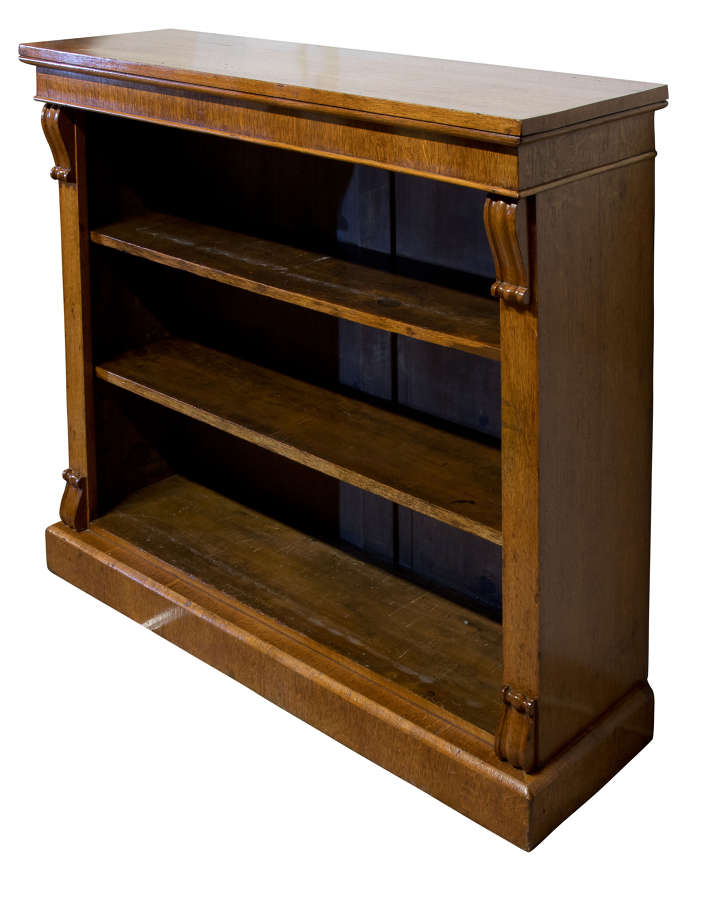 19thC oak freestanding bookcase with two shelves