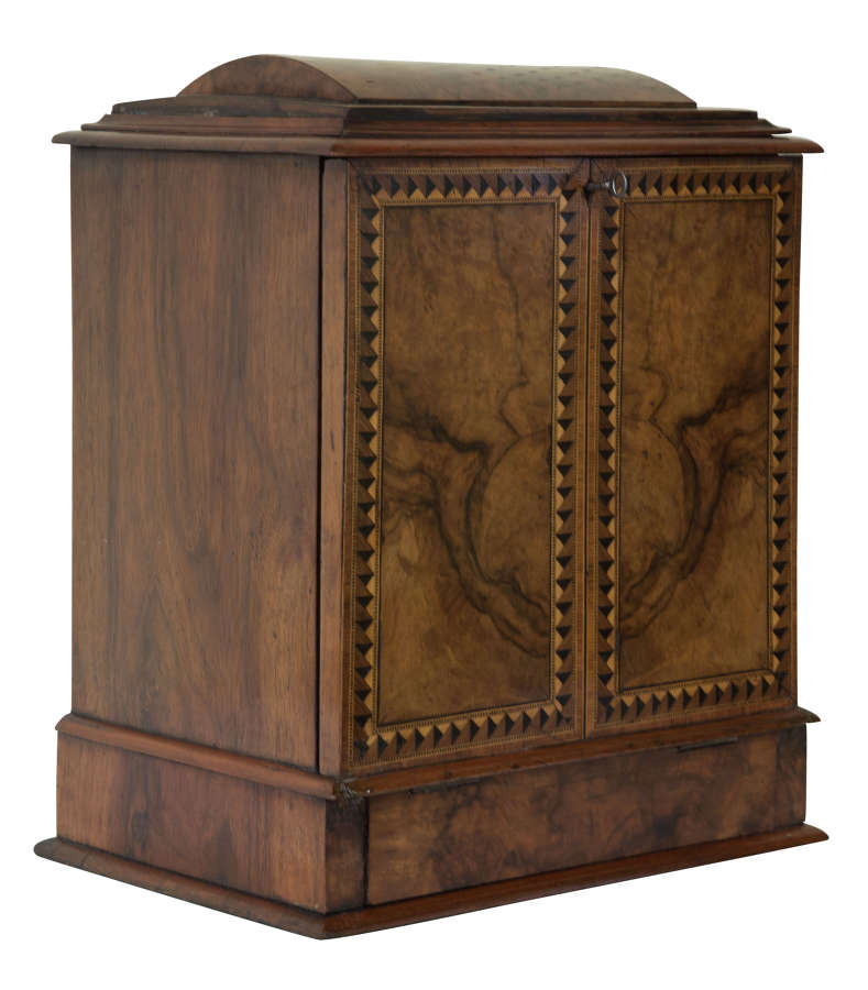 19thC walnut and marquetry inlaid stationary box with writing slope