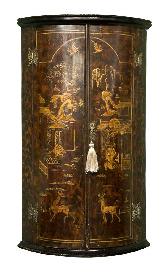 Early 18thc Japanned Corner Cupboard