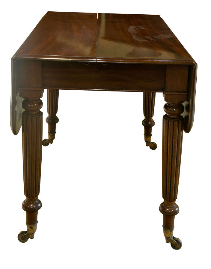 Mahogany Drop-Leaf Dining Table c 1830