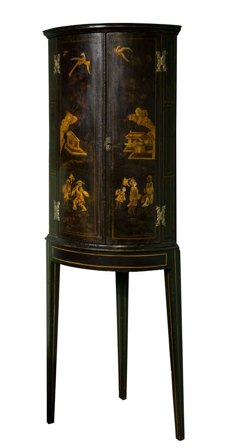 Late 18th Century Lacquered Chinoiserie Decorated Corner Cupboard