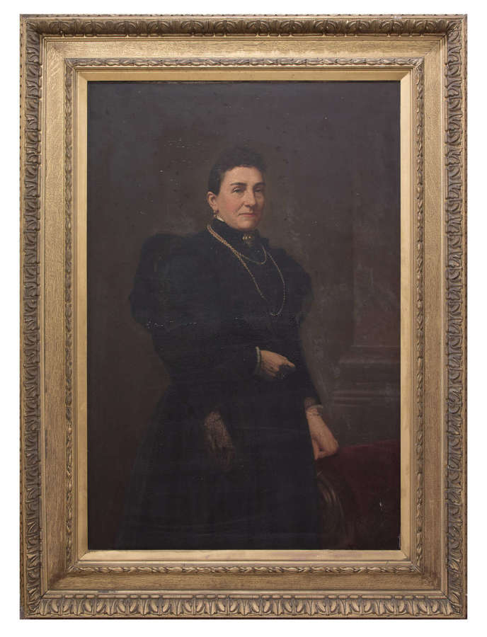 Large 19thc portrait of a lady in gilt frame c1870