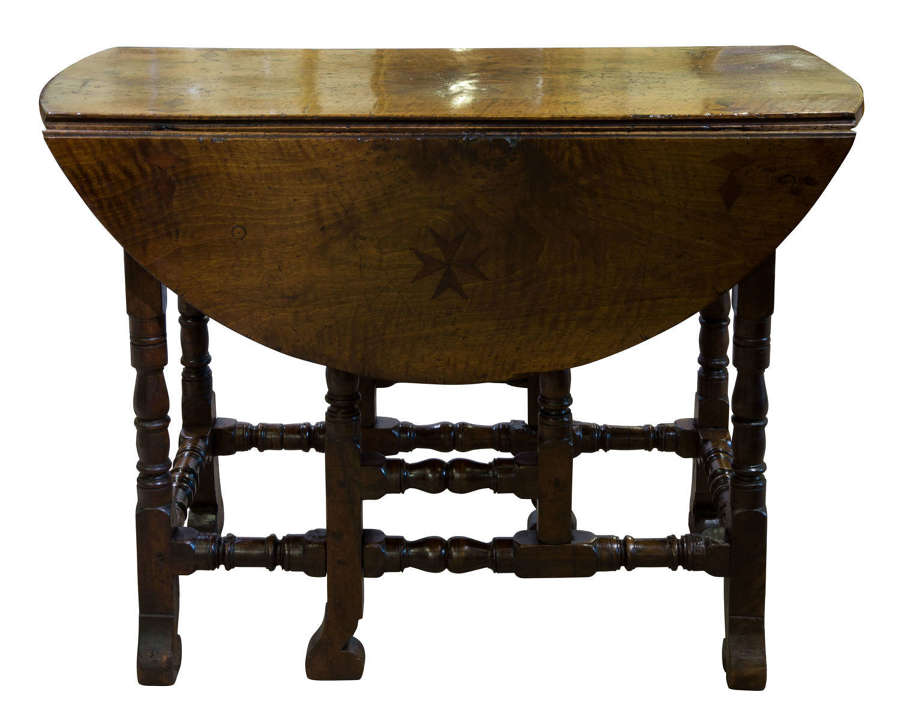 18thc walnut gateleg table c1710