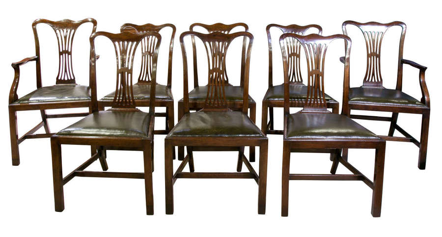 Set of 8 mahogany country Chippendale chairs