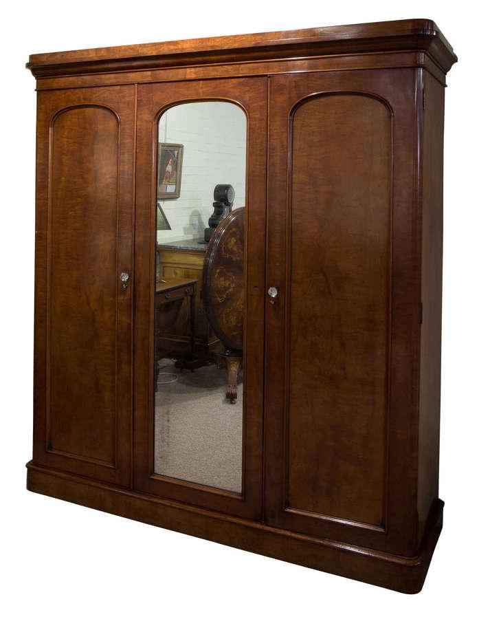 19thc mahogany 3 door wardrobe